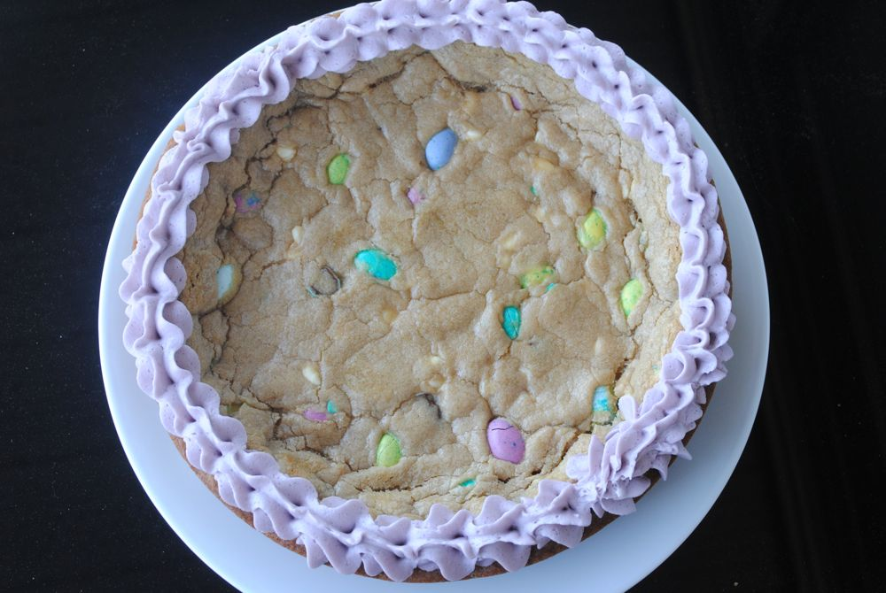Easter M&M Cookie Pie